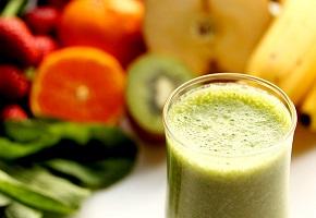 グリーンスムージーを飲み続けて美肌効果+αでよりキレイになる方法