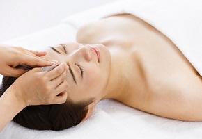 毛抜きでムダ毛処理は肌荒れのもと!起きやすい4つの肌トラブル