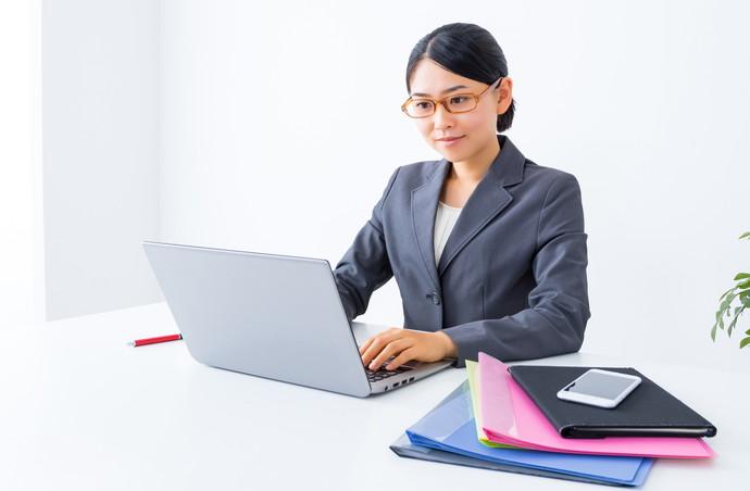 デキ女は残業なしが基本!仕事がデキる人の時間管理術