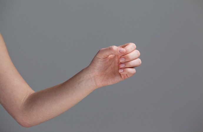 衝撃・・・ネイルをとったら爪が緑に!!グリーンネイルの原因と予防法まとめ♡