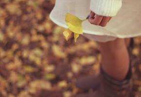 秋のおしゃれはボトムスから♡カラーと足元重視で一気に秋コーデに!